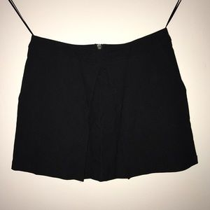 URBAN OUTFITTERS black skirt